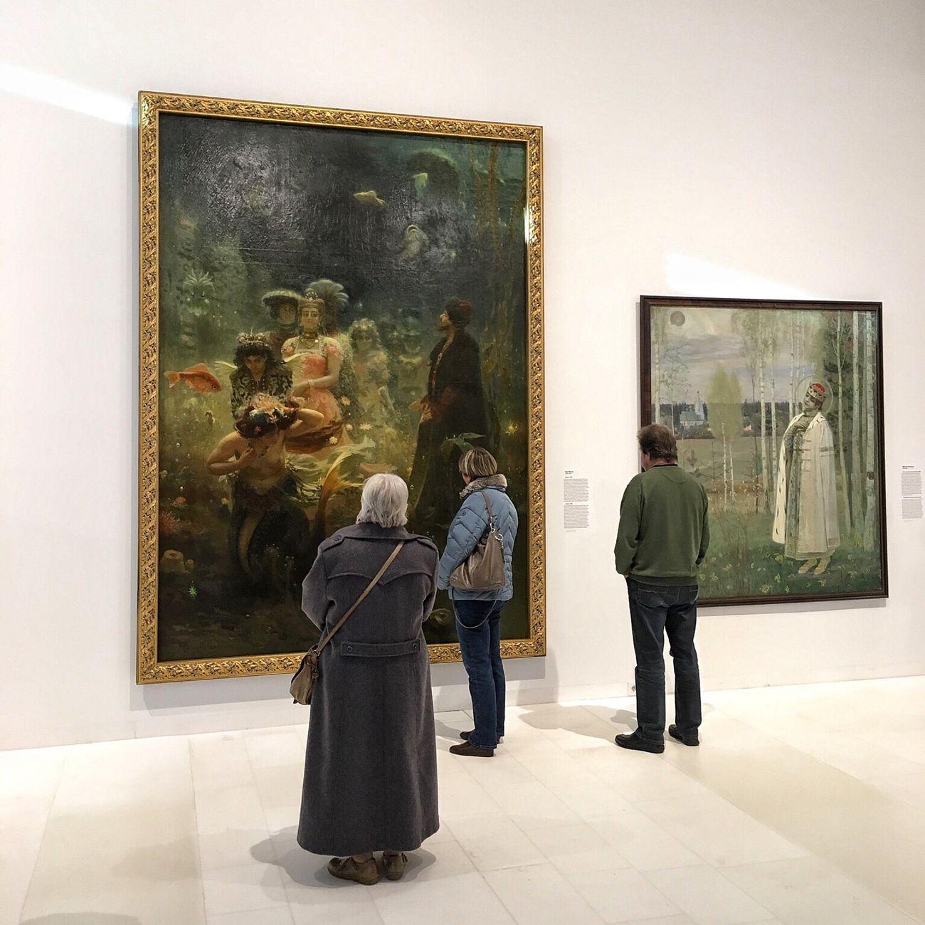 Assen Museum Drentsmuseum Exhibition Painting Arts Culture And Entertainment Indoors  Rear View