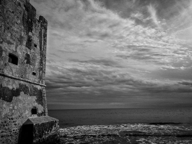 Panorama TheMinimals (less Edit Juxt Photography) Skyporn Blackandwhite Monochrome Bw_lover Travelling Bw_collection Black And White Black & White Fortheloveofblackandwhite Blackandwhite Photography NEM Black&white EyeEmbnw