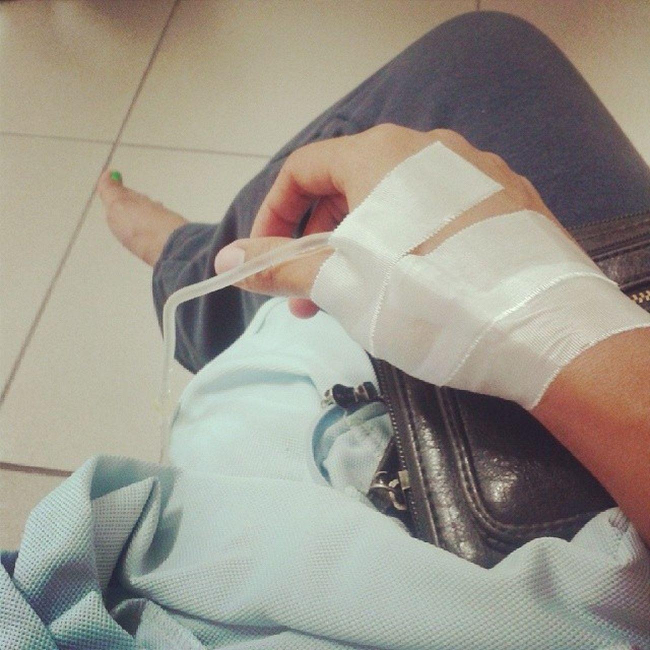 Odio ser tan alérgica ... Tota en  emergencias Doctor  Igersperu salud maldemales