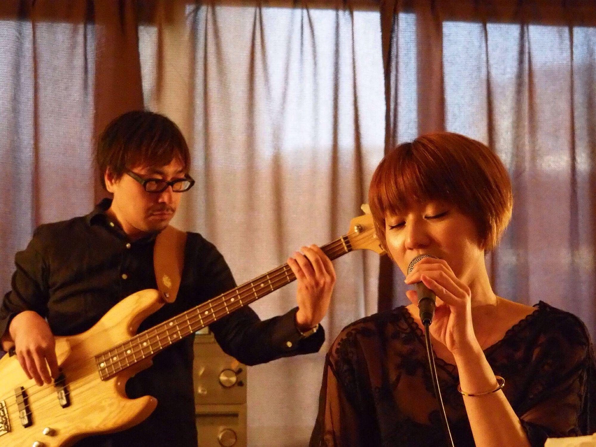 Kobe Japan Theaterjazzy Music Jazz Singer  Singing Natsuki Morikawa Beauty Favorite Singers Healing Yuji Hamasaki Bass Olympus PEN-F 神戸 日本 音楽 森川七月 歌手 美人 最高の時間 女神 癒し 浜崎祐吏