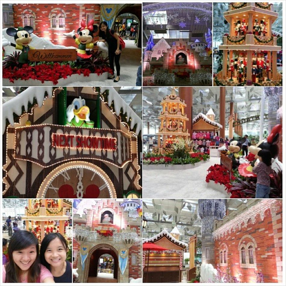 Went around terminals just to take photos with all these ;D Afterwork Changiairport Disney Beautifulttm