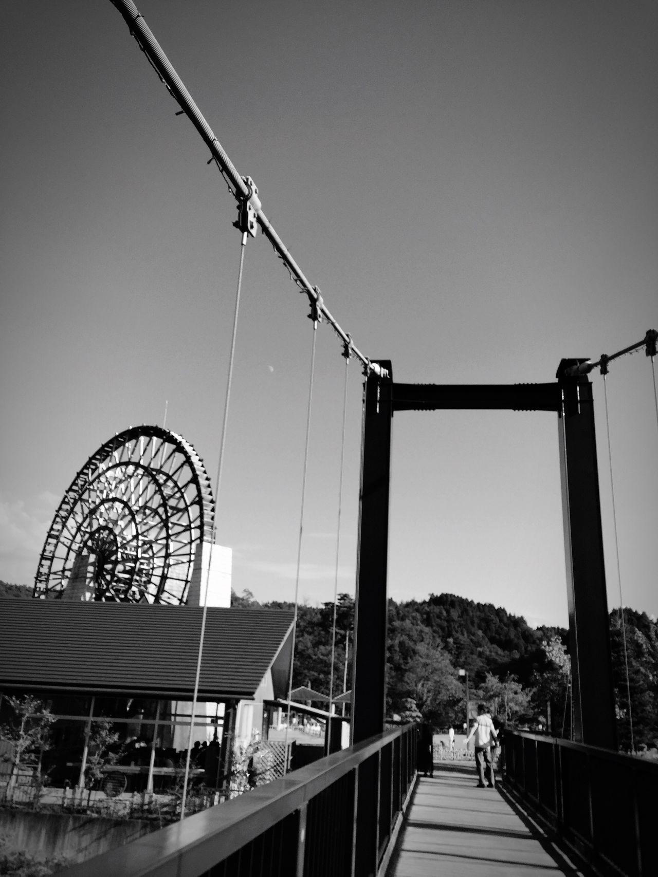 日本一の木製水車。 Architecture Waterwheel Monochrome Photography 道の駅 おばあちゃん市・山岡