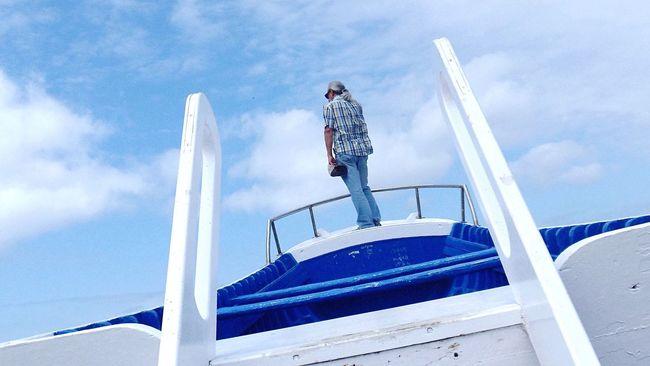 Boat Horizon Blue Thoughtful Afar Blue Wave