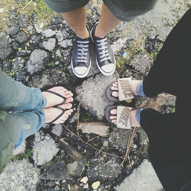Life of Slipper, Sandal & Sneaker! Other People's Shoes Asians Legs