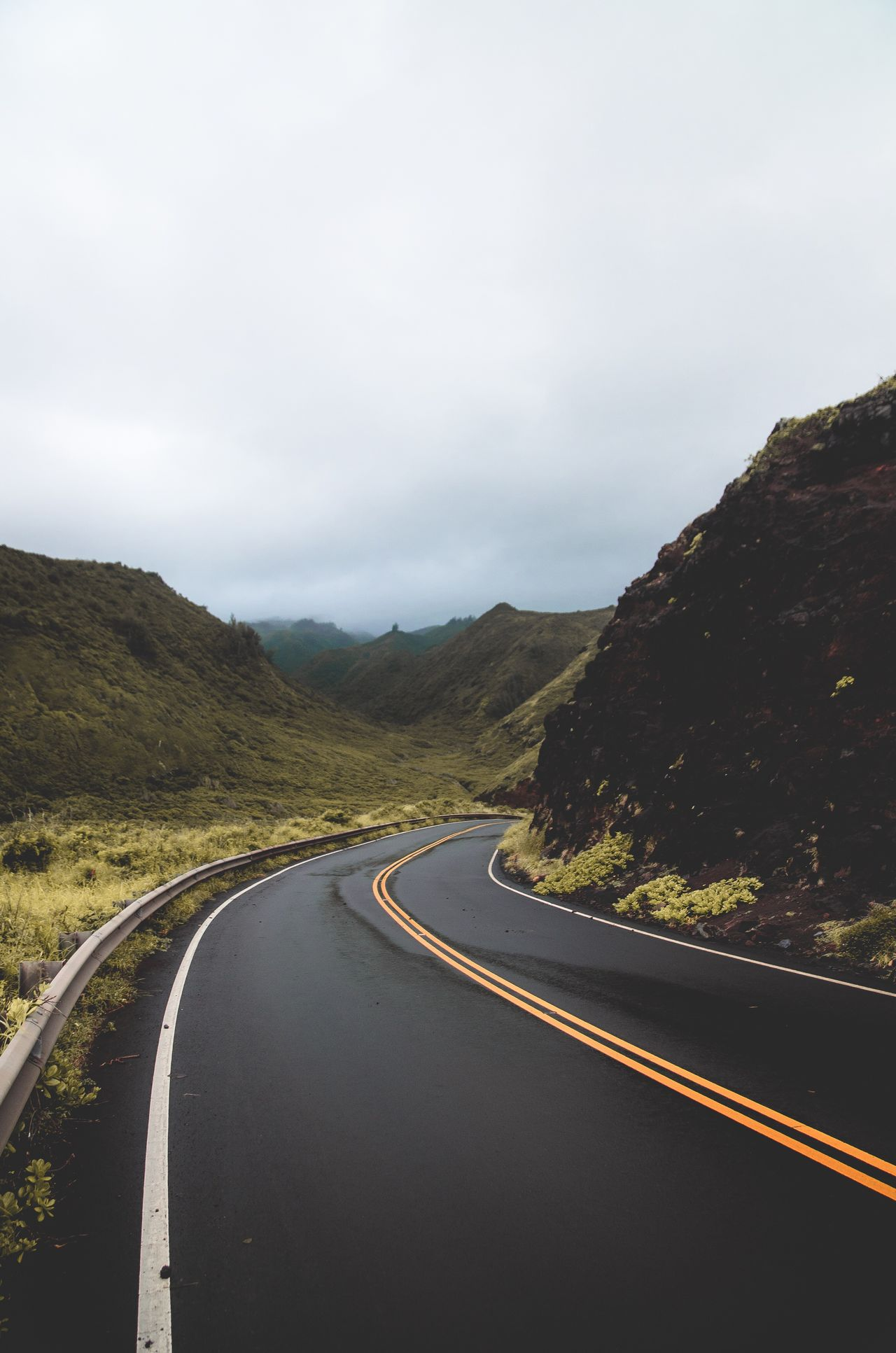 Maui roads. Road No People The Way Forward Beauty In Nature Maui Mauiphotography Nature Hawaii Outdoors Liveoutdoors Wanderlust Photography Photooftheday Photoshoot Artofvisuals Takemoreadventures Folkgood Visualsoflife Visualsgang ExploreEverything Exploretocreate Neverstopexploring  Adventure Moody Winding Road