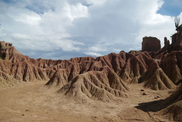 Cloud - Sky Desert Landscape Sky Outdoors No People Scenics Nature Day Beauty In Nature Red Desert Desert Nature