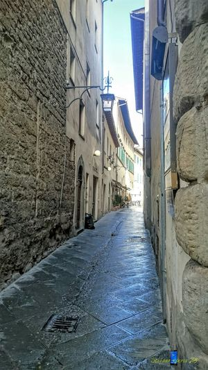 The Street Photographer - 2016 EyeEm AwardsZ3 Xperia Old Town Via De Cenci Arezzo Italy🇮🇹 Arezzox