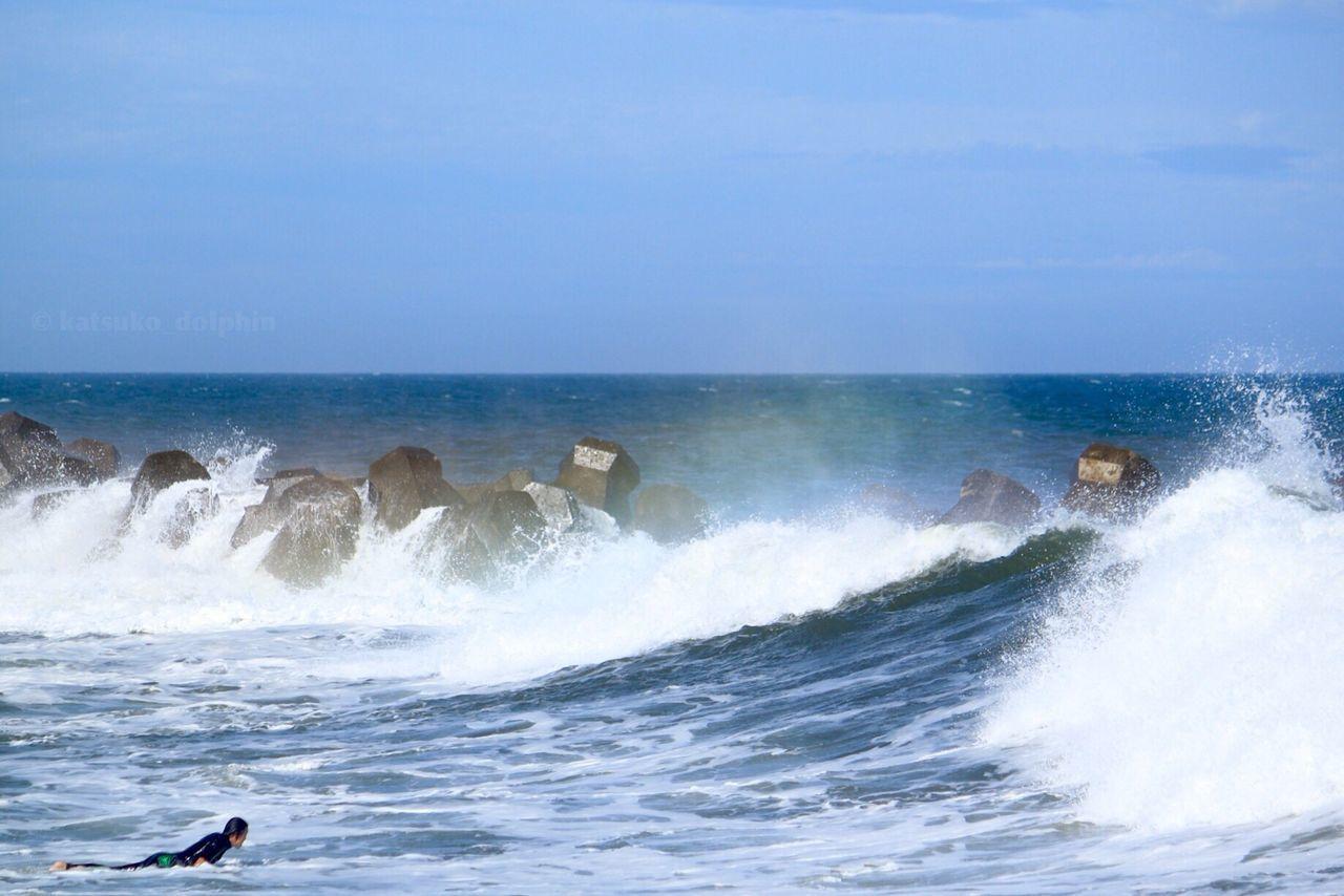 Blue Wave Sea Wave Surfer Wave Splash Spindrift Rainbow Colors Tetrapod Japan Neture Seascape Seascape Photography Japan Photography EyeEm Japan