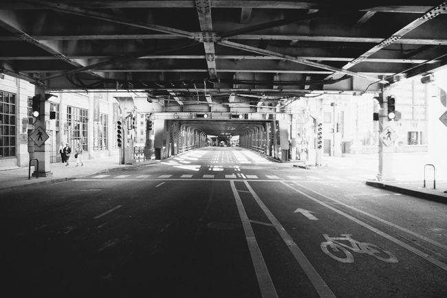 Monochrome Photography 35mmfilmphotography Nikon Hafizprasetya Urban Exploration 35mm Film Photography Street Chicago Nikonphotography Nikon Black & White (null)City Nikonphotographer Blackandwhite EyeEm Best Shots Eyeemphoto Check This Out