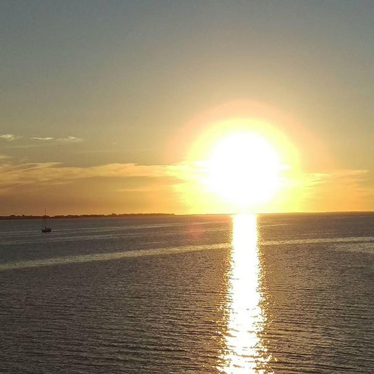 BIG Beautiful Sun on the Horizon Navarrebeach Navarre LoveFl Emeraldcoast Emeraldcoasting Sunset Sailboat HTCOneM9 Htconelife Oneography 20 .7mp @htc @HTCUSA @HTC_UK @HTCelevate @HTCMEA @HTC_IN @HTCIreland @HTCCanada @HTCMalaysia @htcsouthasia @htcfrance TeamHTC @sharealittlesunshine @pureflorida Beachlife