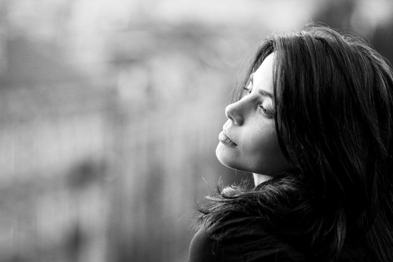 London Blackandwhite People Monochrome Photogrpher Portrait Shades Of Grey Woman Urban