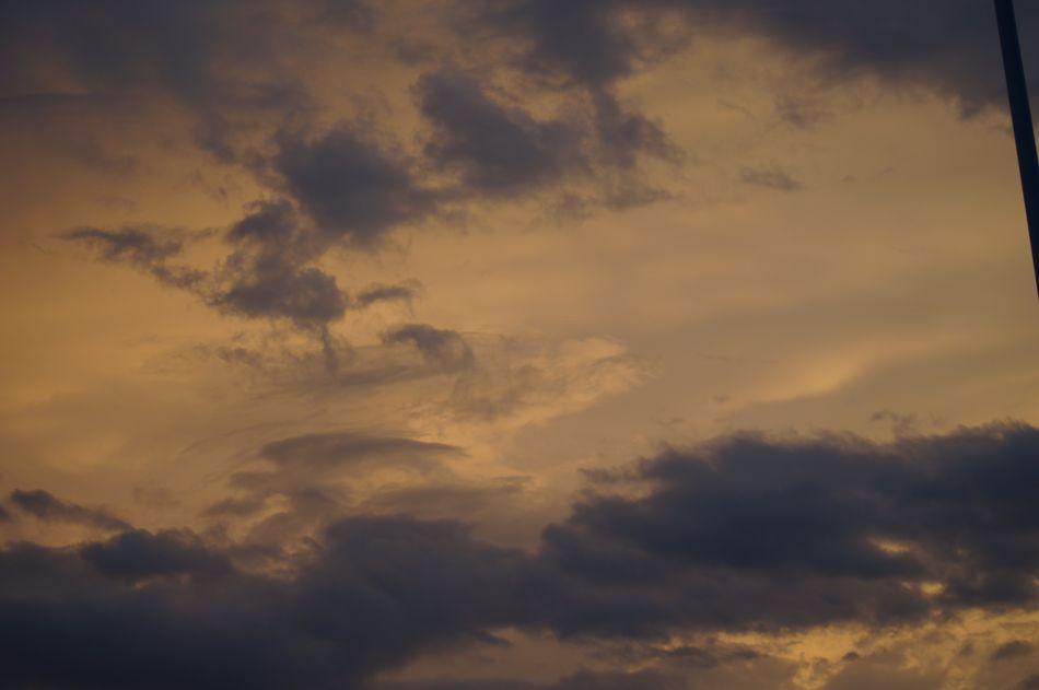 Cloudstagram Skyviewers Hi! Skylovers Relaxing Cloudsandsky Orange Sky Colorsofnature Península De Yucatán Flamingobeach Check This Out Moments Of Life Hello World Taking Photos Shadows Enjoying Life Mérida Yucatán Yucatán, México Mycitymyhome Yucatan Peninsula Sky And Clouds Cloudscollection
