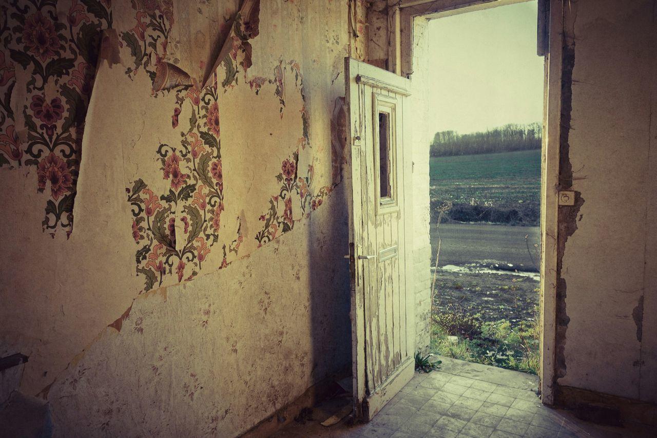 Urbex Sony Belgium Tournai Abandoned House Door Wall Urbexexplorer Lostplace Taking Photos