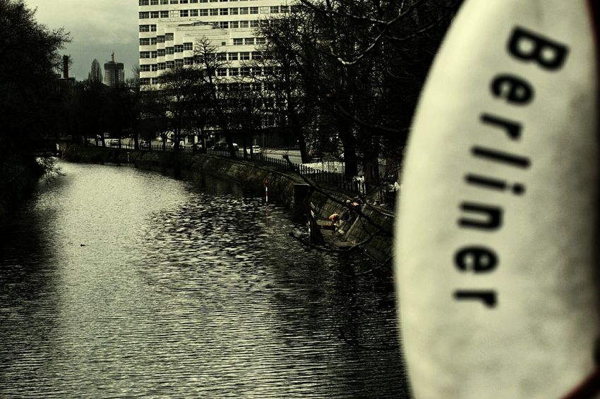 Kanal Berlin Street Berliner Spree Potsdamerstraße Livesaver
