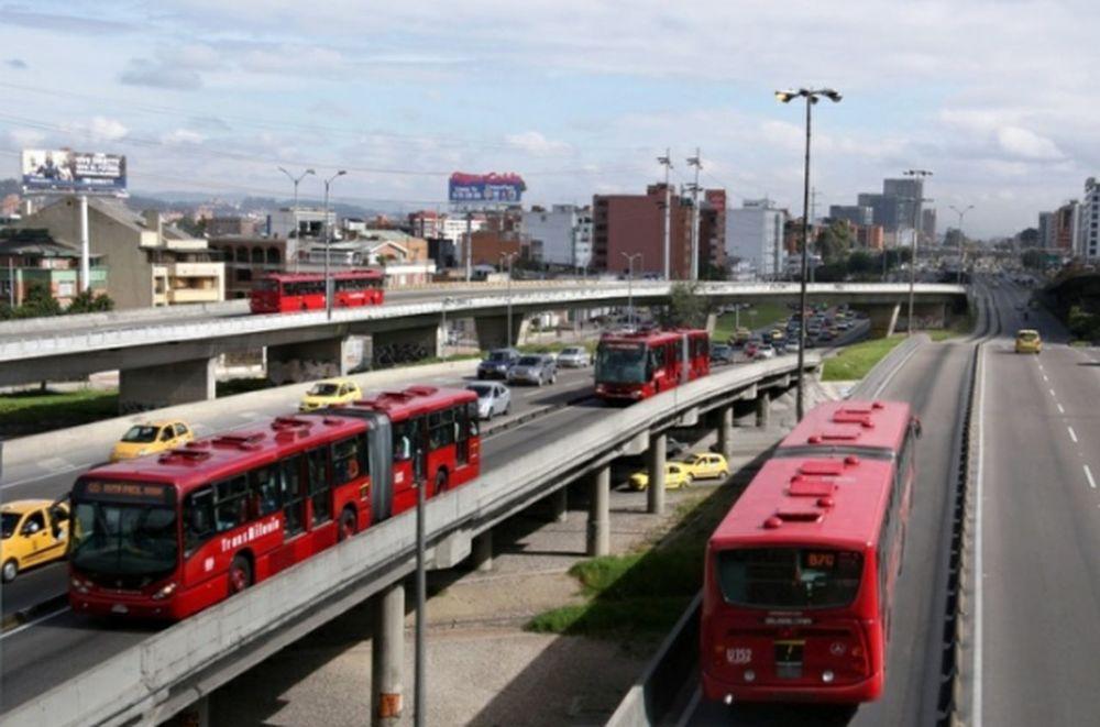 Transmilenio Calle 94 Bogota Colombia...... Hello World My City Public Transportation Bogota.