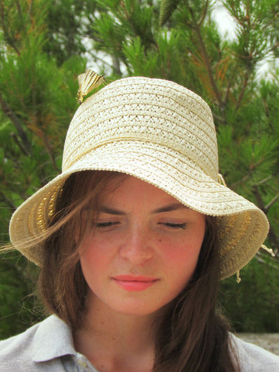 Just look at the top of the hat Baterfly Cute♡ Only Women Headshot One Woman Only Hat One Person Front View Human Body Part Cute Girl Portrait Adults Only Adult Day One Young Woman Only Outdoors Young Women Young Adult Close-up Leisure Activity Women People Sun Hat in lacoste Joucas Joucas / Provence