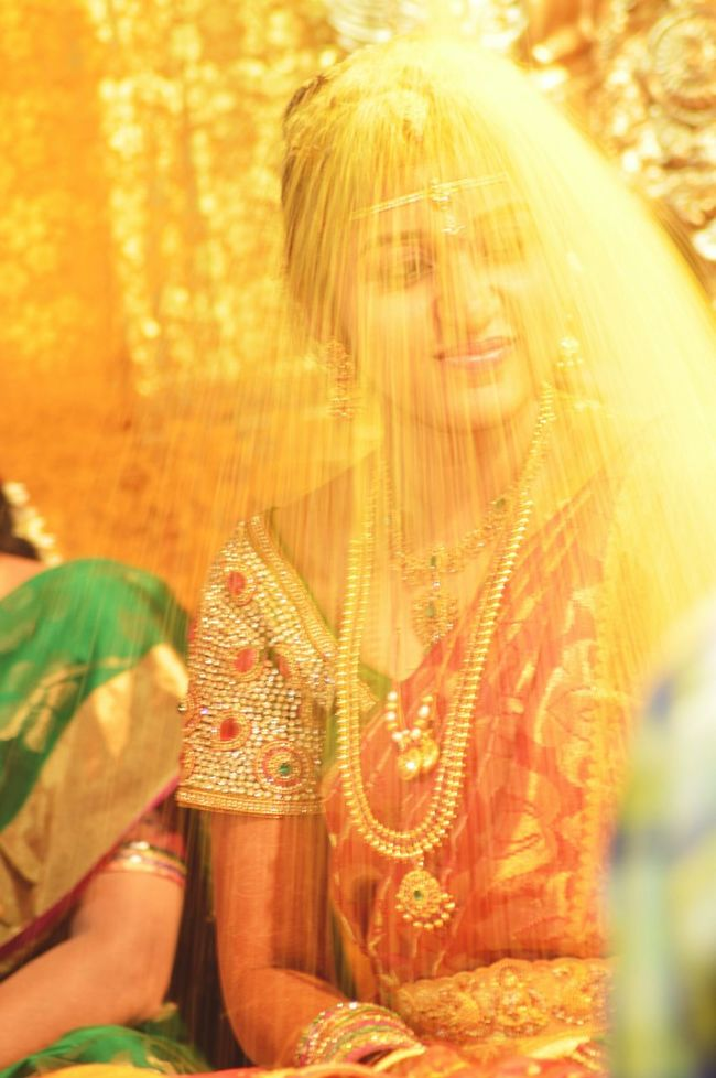Ready for starting new life........ Wedding Photography Jwellery Golden Hour Glorious All Smiles ツ Soft Focus indian culture inspired Young Women EyeEm Best Shots Wedding Day Wedding Photographer Indian Saree