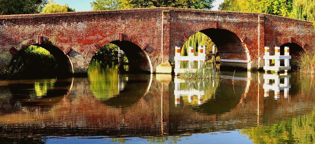 Reflecting bridge Arch Arch Bridge Bridge Bridge Reflections Reflection Reflection River River Thames Symmetry The River Thames