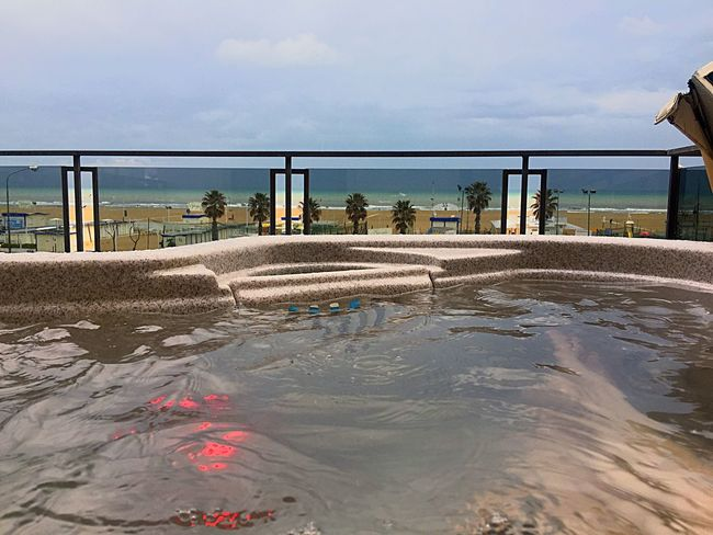 Be rich. Jacuzzi  Suite Rich Lights Sea Sky Water Sand Day Outdoors Beach Relax Relaxing Bath Palm Palms Happiness Money Money Money Follow4follow Amazing Beautiful 3XSPUnity