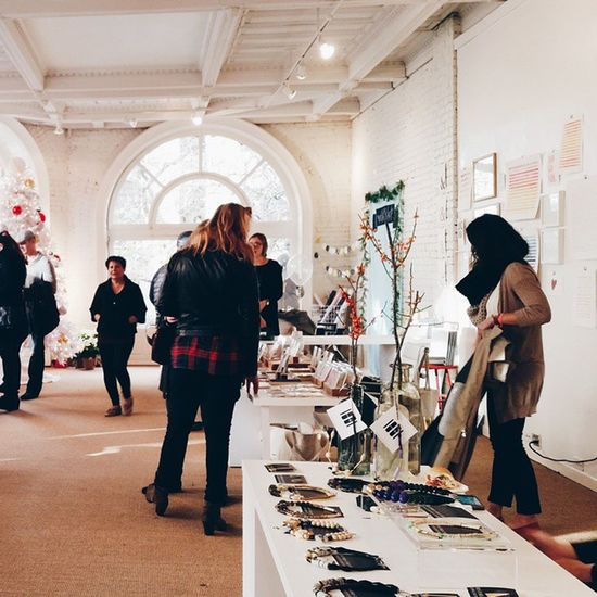 Pop up shop hopping || SeattleLife Seattle Pioneersquare Holidays shoplocal vscocam