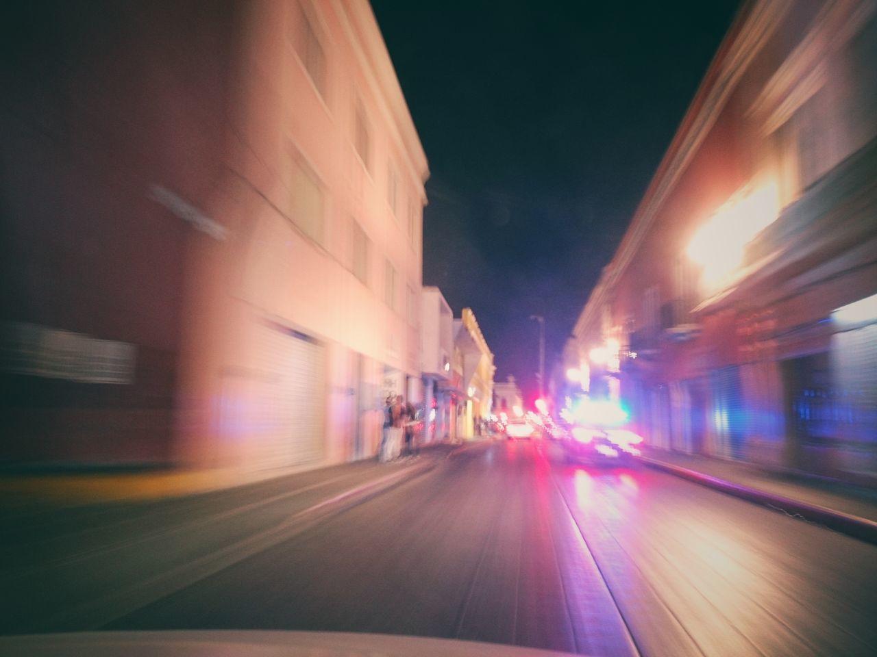 Policias. Night Photography Nightlife Yucatan Mexico Merida♡ Urban Photography Outdoors Xperia ZL Street Photography City Life Mobile Photography Running Night Shot Mérida Yucatán Police Car Lightpainting Light Effect Long Exposure Photography Welcome To Black
