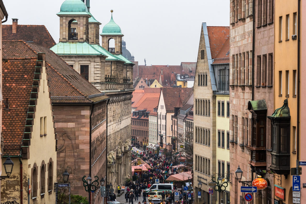 Beautiful stock photos of weihnachtsbaum, architecture, building exterior, built structure, city