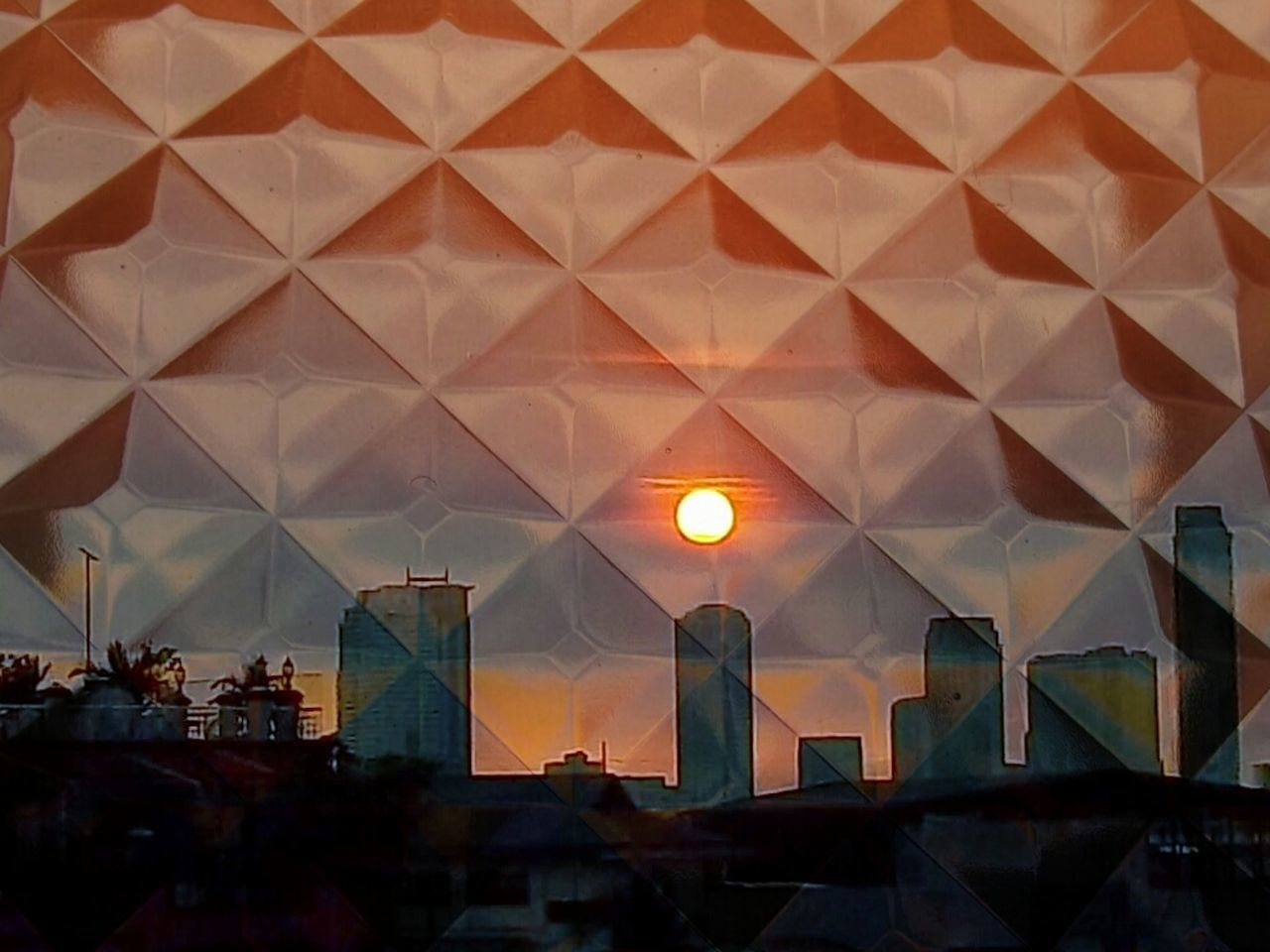 Playing With Filters Double Exposure First Attempt Sunset Check This Out Through The Looking Glass Glass Pattern Patterns Sunset Boulevard Sunset Silhouettes Pixlr Express  Rooftop View  Diamond Pattern Glass Windows Perspectives And Dimensions Sunlight And Shadow Contrast And Lights Light - Natural Phenomenon Building Blocks