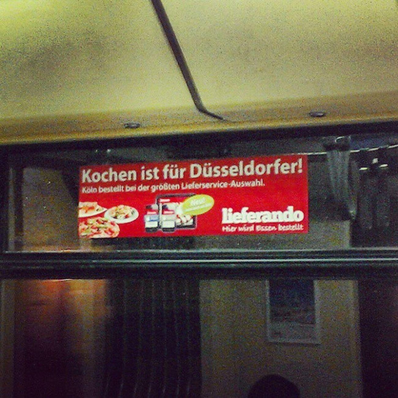 Tram Werbung in Köln. Finde ich lustig! ;-) #Köln #Düsseldorf Köln Düsseldorf