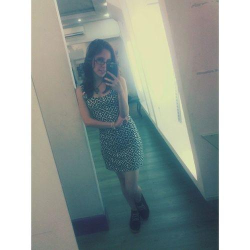 Foto frente al espejo antes de irnos. Que nota de evento! Soloqueriaserpopular Selfie LaFeroz