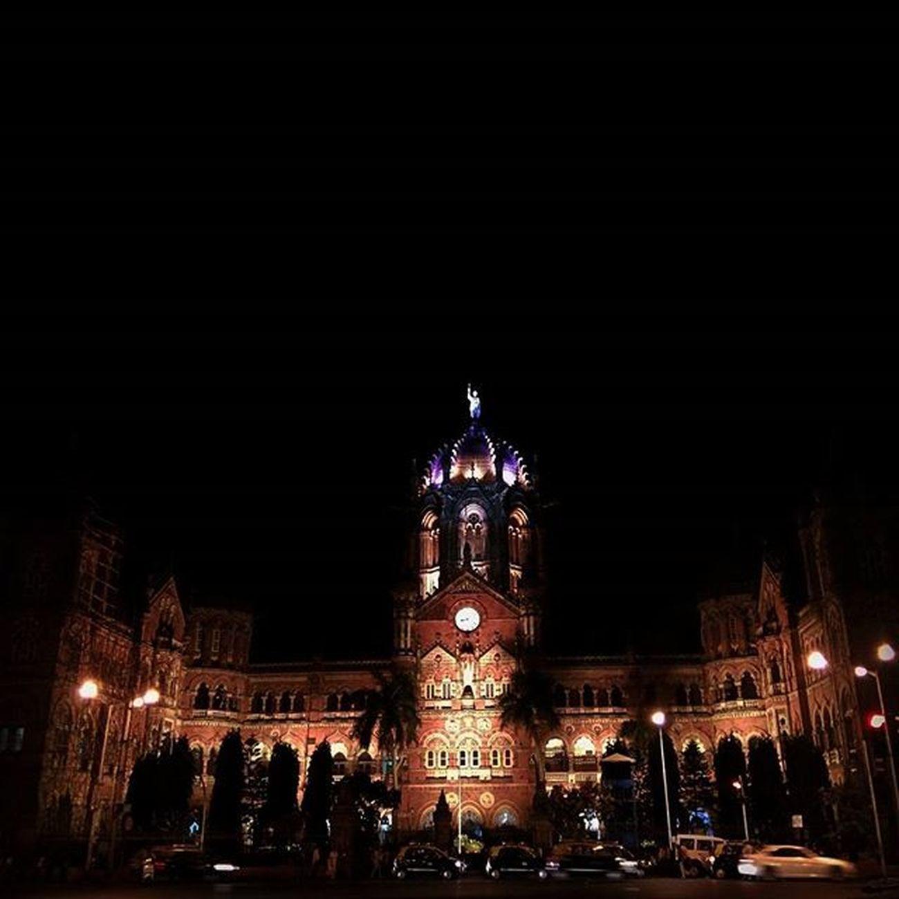 Jbclickz Nightshot Night Nightlife Mymumbai Mumbai Monument Chatrapatishivajiterminus Lights CST Traffic Movingcars