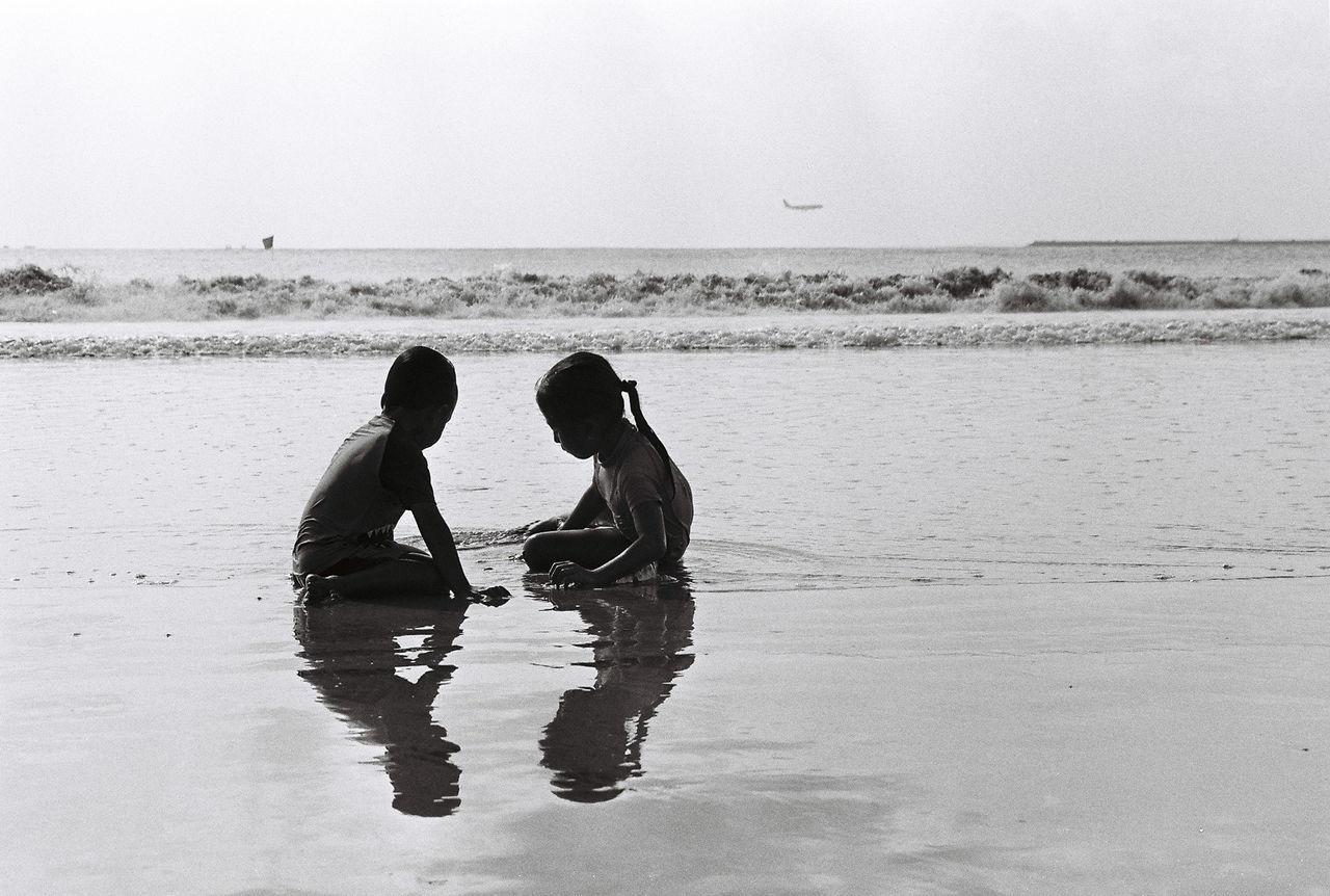 Backandwhite Bali Beach Boy Film Film Photography Gril INDONESIA Reflection