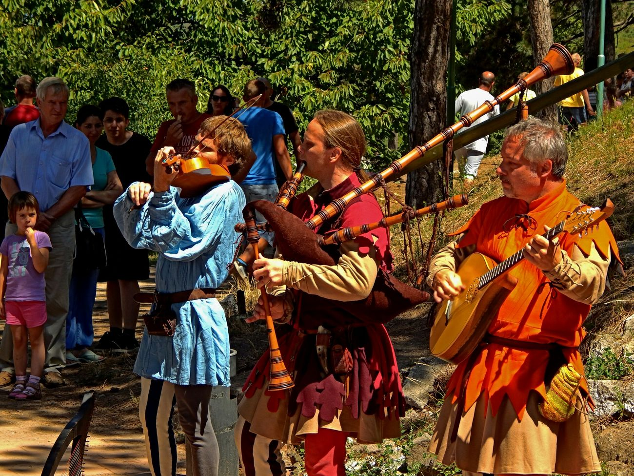 Medieval troubadours Eyeem Hungary Hungary Popular Photos Festival Listening To Music Live Music Medieval Days Historical Moments Renaissance Festival EyeEm Best Edits
