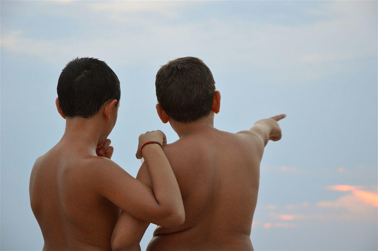 Beautiful stock photos of freundschaft, Bonding, Boys, Childhood, Day