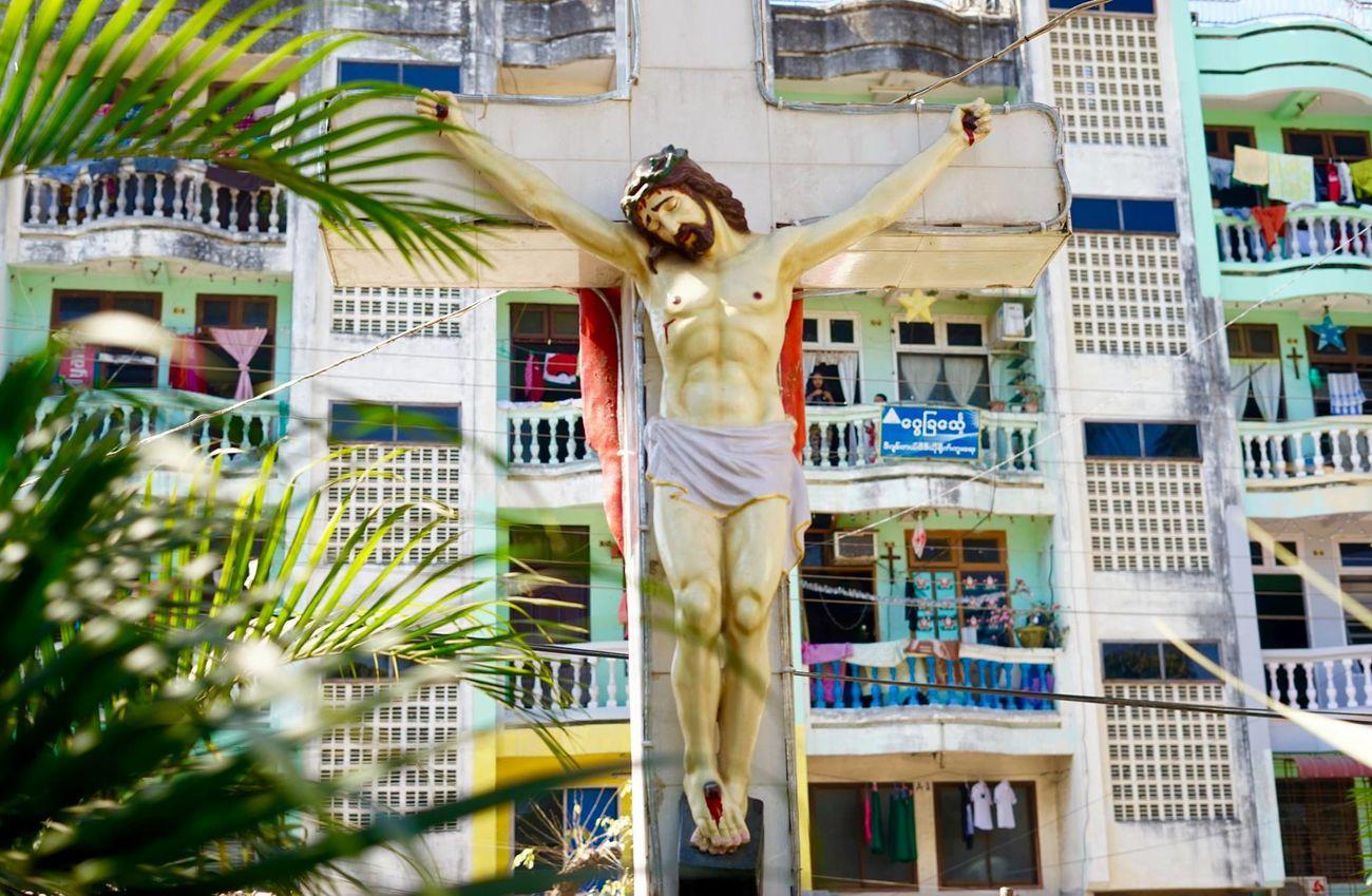 Jesus in city Apartment Burma Burmese Cross God Jesus Jesus Christ Myanmar Sculpture Slum Statue