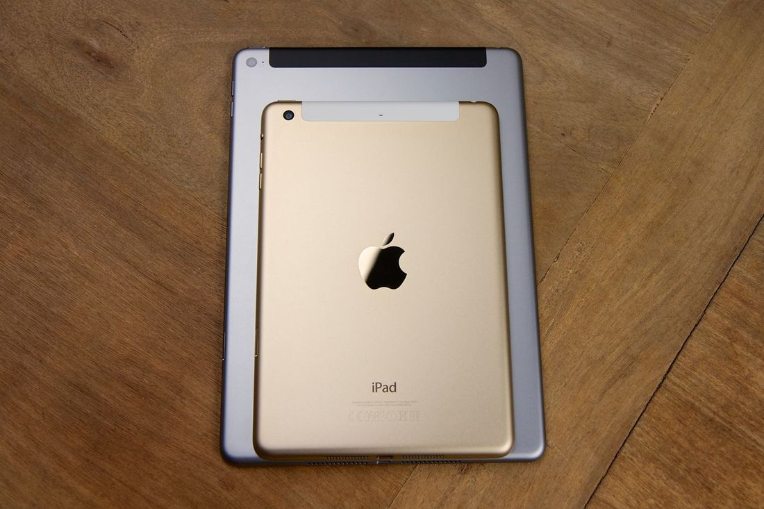 Apple iPads in comparison Apple Camera Close-up Comparison Gold Golden Indoors  Ipad Ipad Air IPad Air 2 Ipad Camera IPad Mini IPad Mini 2 IPad Mini 3 IPad Mini2 Ipad Photography Ipads Part Of Tablet Tablets Technology