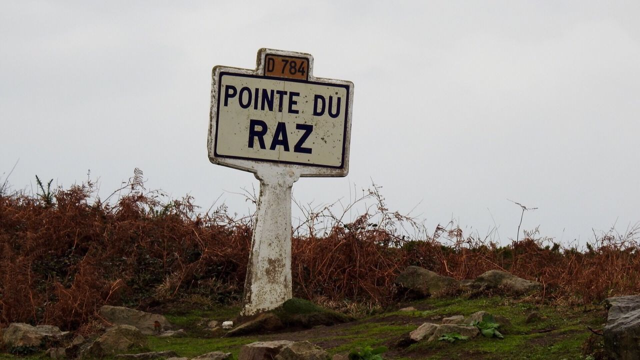 Pointeduraz Information Sign No People Nature Bretagne Bretagnetourisme