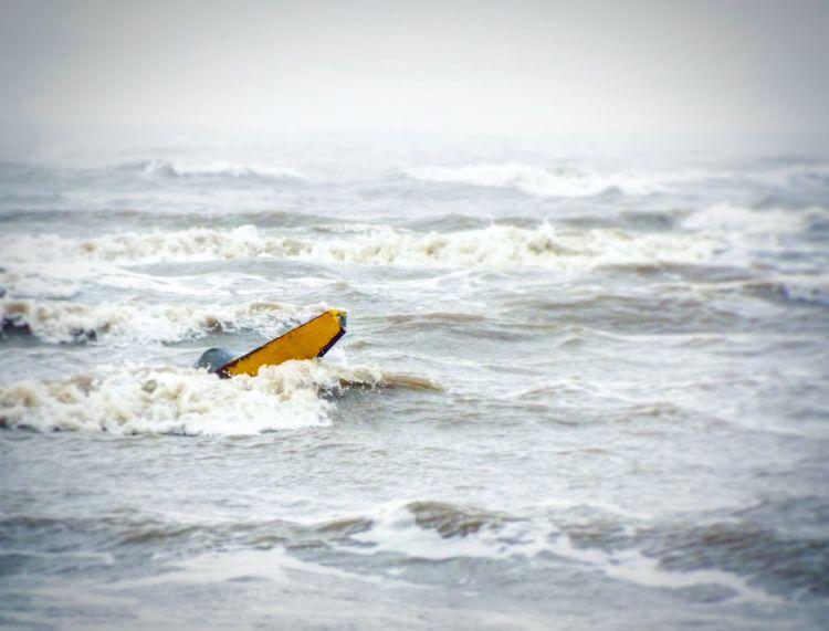 Surfing cone 😂 Sea Seaside Beach Roughsea Rough Seas Rough Choppy Choppy Sea Choppy Waters Weston-super-mare Cone Road Cone Traffic Cone Yellow Waves Ocean Waves Waves, Ocean, Nature Surfing Surf