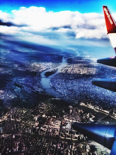 From An Airplane Window NomatterwhereIgoTravelismydestination Overthecity InTheSky 😄✈️💺✈️😄🎶🎹🎶 Travelling ✈️💺🎶🎹 Æphotography Airberlin