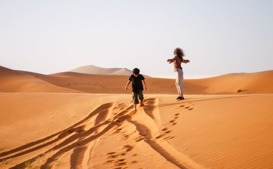 Beautiful stock photos of frieden, full length, real people, desert, sand dune