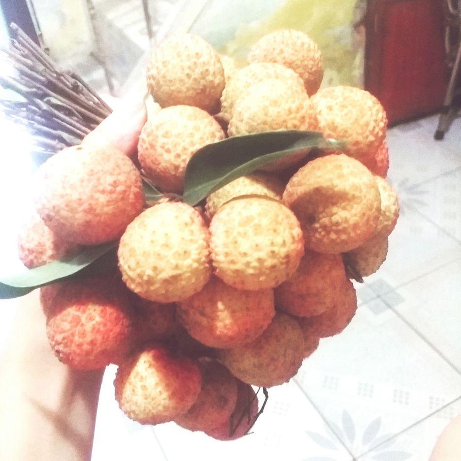 Đặc sản mùa hè Vietnamfruit Vietnamfoodstreet Quảvải Litchi 🌳🌳🌳
