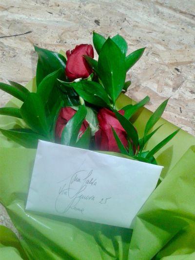 Fiori per me? Si direbbe per me... Flower Bouquet