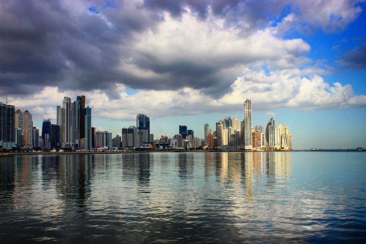 Pty507 Pty Edificio Visit Panama Metropolis Metropolitan Ocean View Sea And Sky Turism Turismo Mar Caribe Panamá Panama City Cinta Costera