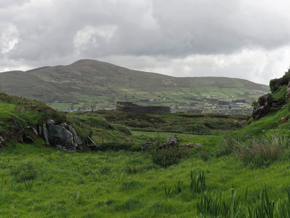 Agriculture Beauty In Nature Cloud - Sky Countryside Day Green Color Growth Hill Fort Ireland Irish Landscape Lush - Description Mountain Nature No People Outdoors Rural Scene Scenics Sky Tranquil Scene Tranquility