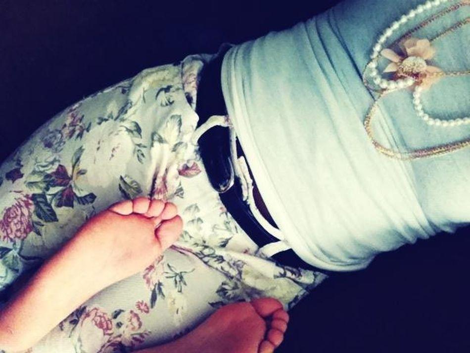 My Cousin Ugly Long Feet , Aha