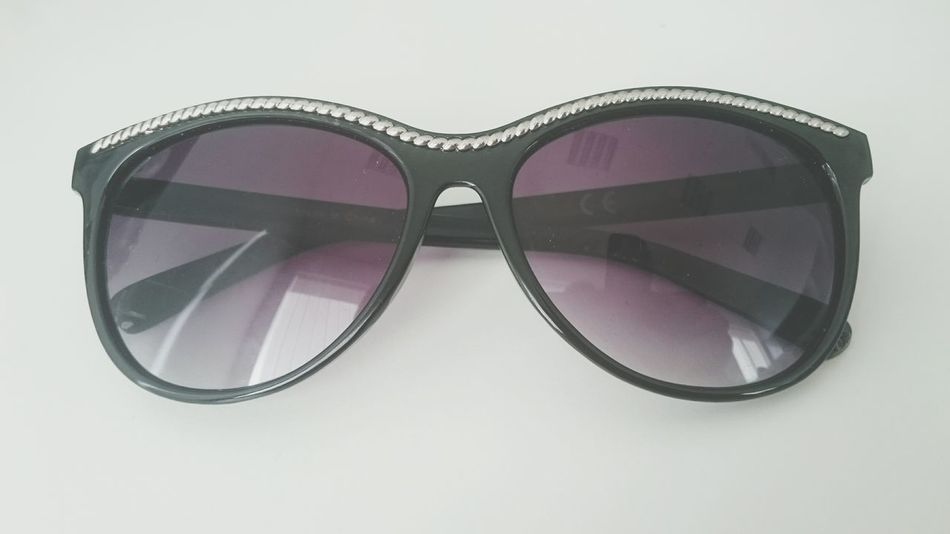 Fashion Sunglasses Pink Color Studio Close-up No People Sunglasses ✌👌 Sunglasses Reflection Sunglass  Sunglases Objects Object Photography Summer Summer ☀ Summertime Glasses Reflections Glasses Or No Glasses? Glasses 👓 Art And Craft Indoors  Sunglas Studio Shot