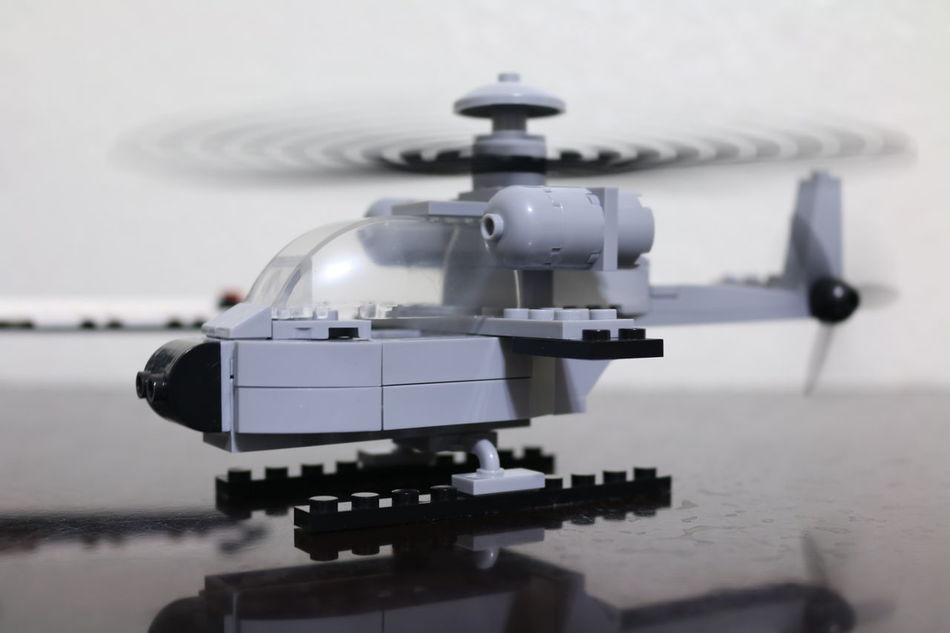 Assembly Block Toys Brixton Fighter Helicopter Flying Helicopter LEGO Moving Blad Toy Helicopter