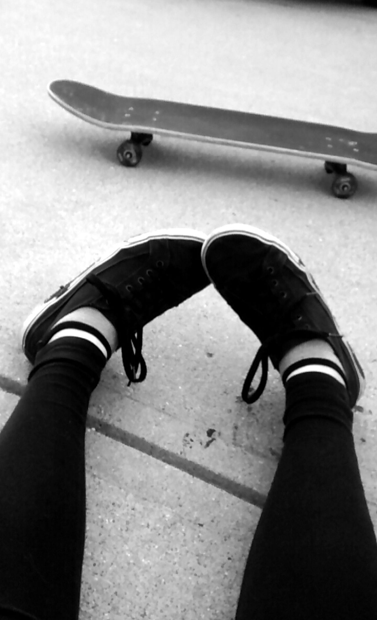 Hanging Out Taking Photos Check This Out That's Me Enjoying Life Relaxing Tired Skateboard Skateboarding Skate Skatelife Skate Life Skater Girl B&w Blackandwhite Black And White Thinking Outside Happy