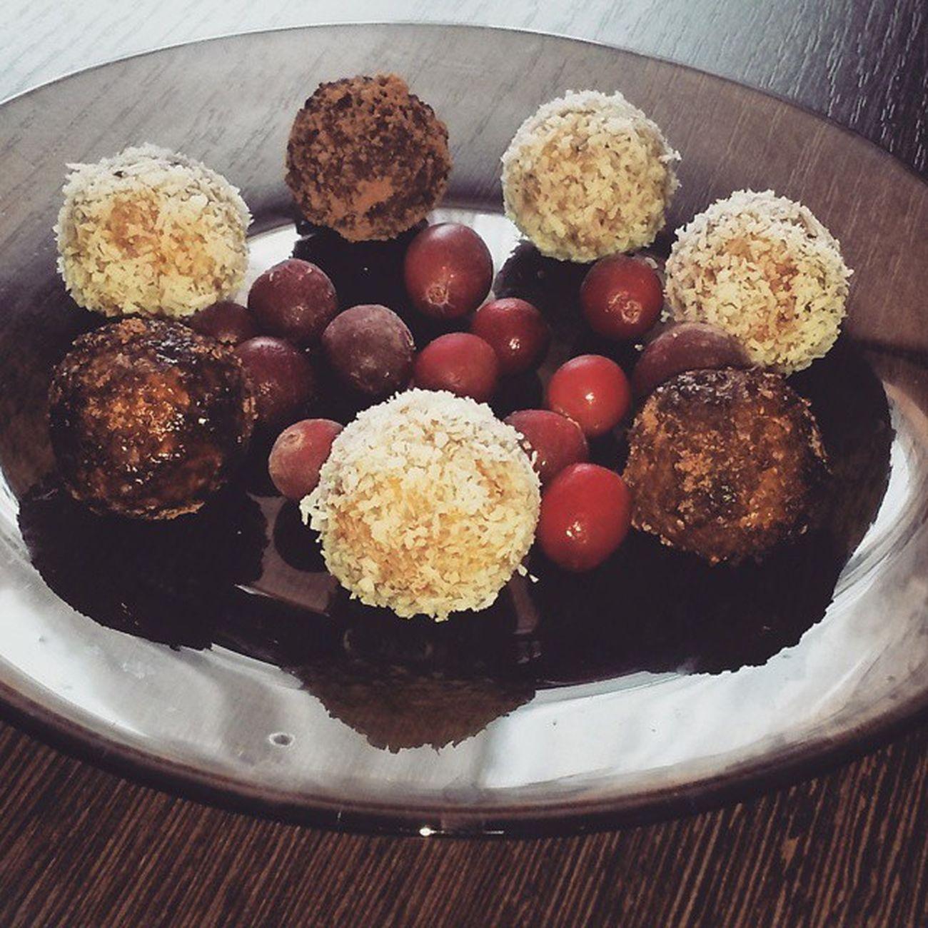 Вкуснятина какая получилась😌 Tasty Candy Likeit Food Goodtime Sweet Eat Coconut пп Cranberries Cocoa