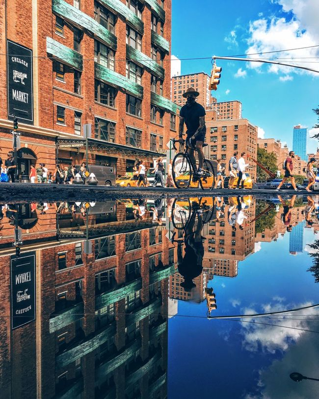 Battle Of The Cities Manhattan New York City NYC NYC Photography New York, New York New York ❤ Chelsea Downtown Nyc Commuters Reflection