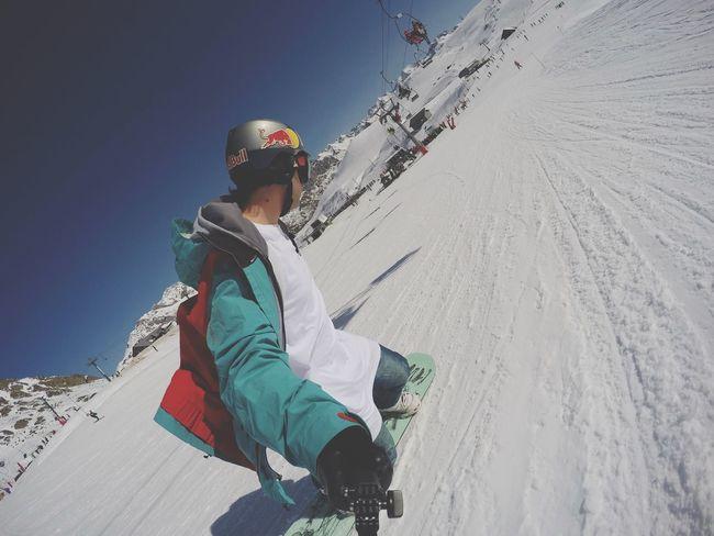 Snowboarding at Formigal Station Ski, Spain Ski Snowboarding RedBull Snow Skistation Formigal Colorful Snowboard Gopro
